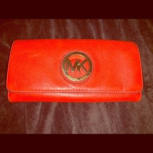 *Gently Loved* Michael Kors Wallet